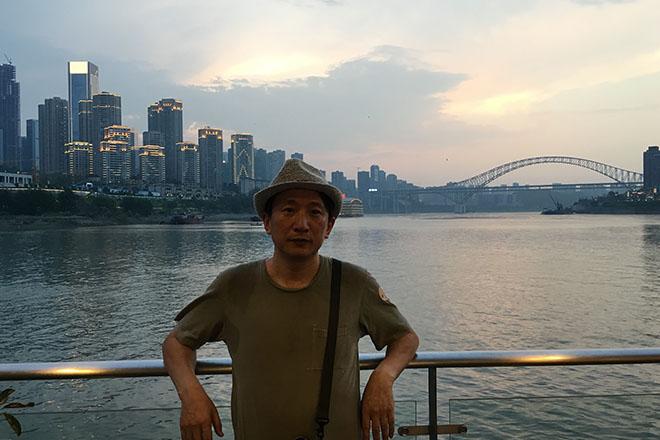 観光船から見る重慶市夜景2