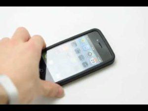 シリコン製のiPhoneケースを装着して落としてみた